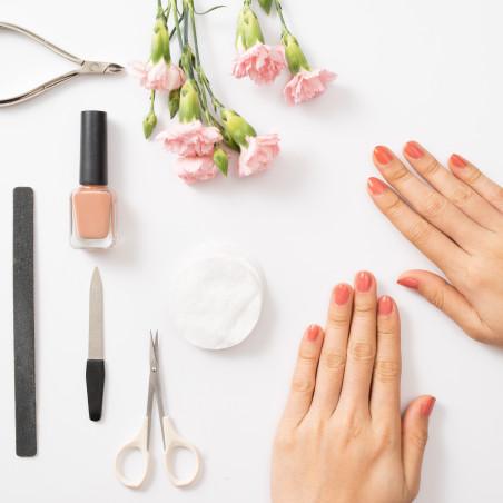 Uñas (esmaltes y cuidado de las uñas)